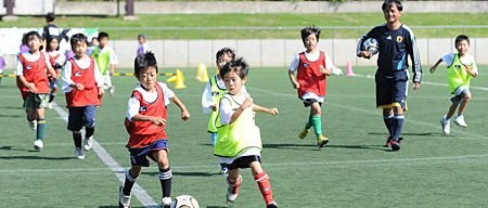 男の子に人気の習い事サッカー