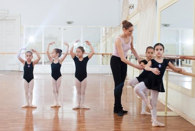 子どもの習い事バレエ教室を選ぶポイント