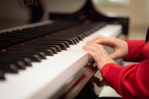 子供のピアノの練習