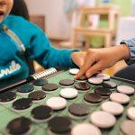 【右脳の発達に期待できる子供の習い事とは】脳の基礎は12歳で完成する?