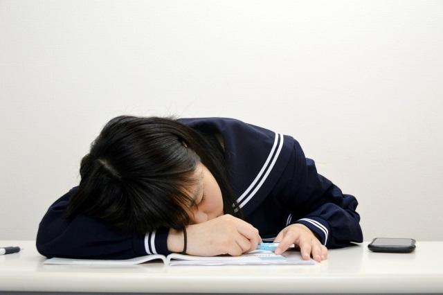 中学校の英語テストで成績を上げる勉強法とは?