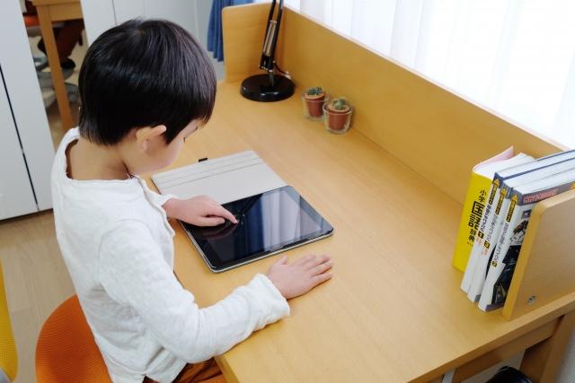 小学生・中学生の勉強机はいる?いらない?