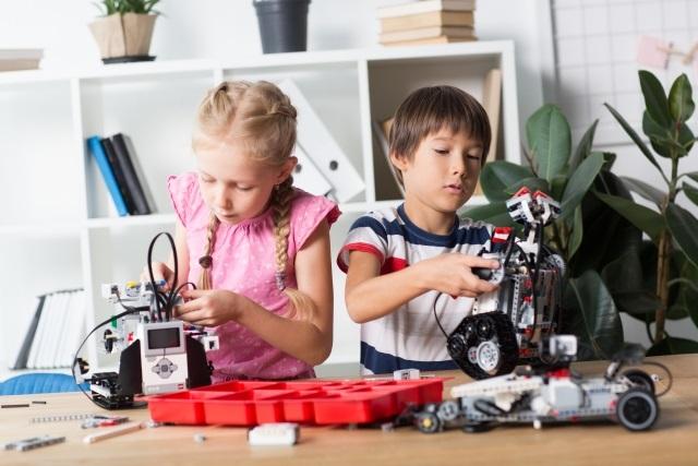 小学生がロボット教室に通うメリット