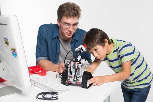 子どもの習い事プログラミング教室でプログラミング的思考が学べる