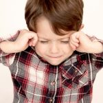 自信がない子供を「変える」5つの対処法は?ただ褒めるだけではダメ!