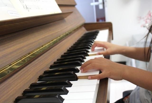 Beeピアノスクール子供の習い事