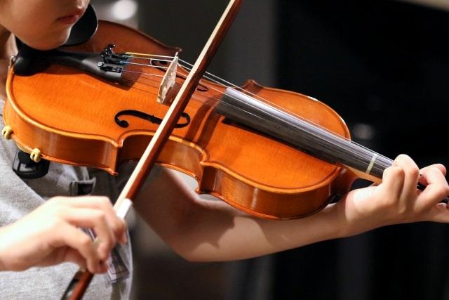 子供の習い事バイオリンを始める効果とは