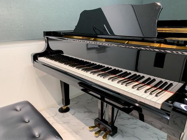 子供のピアノ(グランドピアノ)