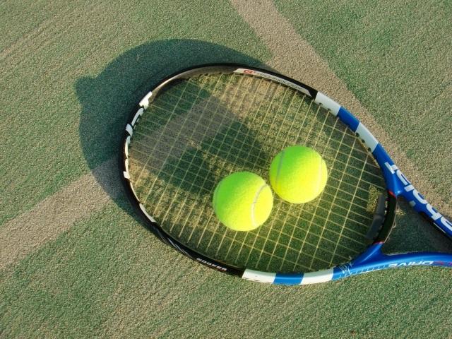 テニスラケットケース・バッグはお気に入りを選ぼう!