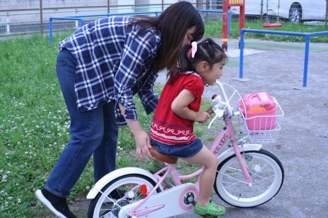 自転車を教えるときの注意点は?