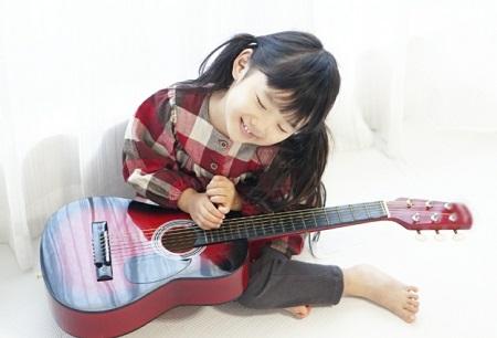 子ども向けギターの選び方のコツ