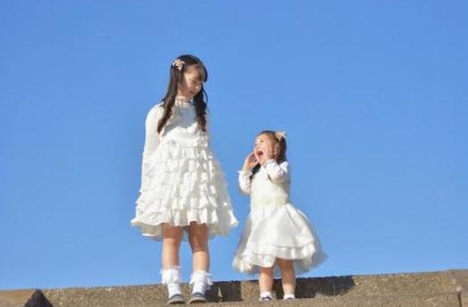 お気に入りの子ども用ドレスを選ぼう!