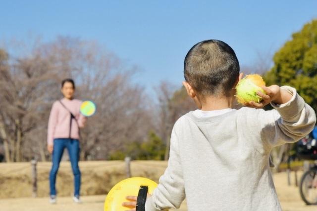 子どもがお外遊びをする効果は?