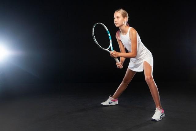 女の子(レディース)向けテニスシューズの選び方のコツ