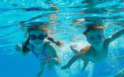 水泳は楽しみながら練習する