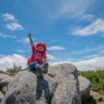 【初心者向け親子登山ガイド】おすすめの行き先や持ち物を紹介!安全面の注意点も解説!